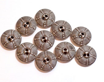 Silver Buttons, Vintage Silvertone Metal Buttons 5/8 inch in diameter x 25 pieces