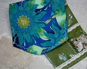 Travel Jewelry Pocket Wallet,Clear Pocket Jewelry Organizer,Dragonfly Floral  Blue Green Fabric, Travel Jewelry Pocket Organizer