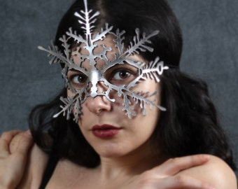 Snowflake leather mask in silver - Nutcracker Frozen