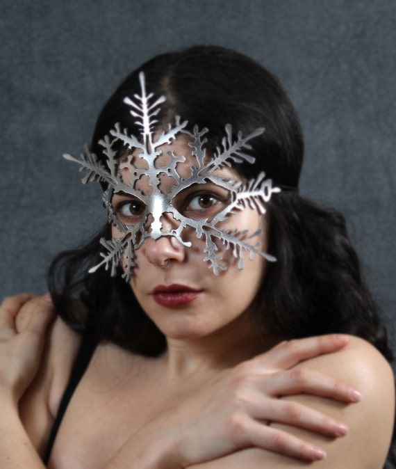Snowflake leather mask in silver - Nutcracker Frozen