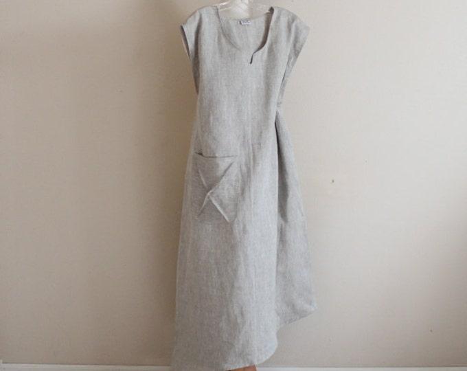 plus size calla lily asymmetrical linen dress /  casual linen dress / lagenlook linen dress / boho linen dress /low cut neckline linen dress