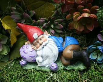 Sleeping Gnome Statue   Outdoor Miniature U0026 Fariy Garden Decor