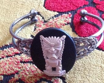 Tiki, Tiki cuff, Tiki bracelet, Tiki wedding, Tiki wedding, Luau, Tiki jewelry, Ocean, Beach, Tropical wedding