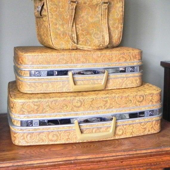 Vintage Samsonite Fashionaire luggage two piece yellow orange