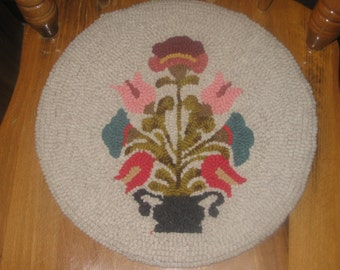 "Vintage Floral Hand Hooked Wool Table Mat Chair Pad 14"" FAAP"