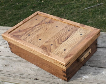 Recycled Shipping Pallet Chest