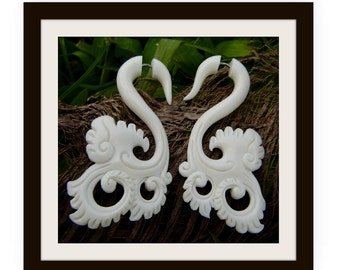 Fake Gauge Earrings, Bone Split Gauge Earrings, Hand Carved,Tribal Style,Organic