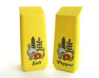 Vintage 1970's Large, Yellow Plastic Woodland Mushroom Salt and Pepper Shakers