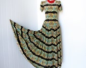 vintage 1940's dress ...gorgeous FORTIES PAISLEY FLORAL rayon novelty print princess sleeves full skirt pin-up maxi dress