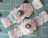 sale/ wedding garter / bridal  garter/  lace garter / toss garter / Something BLue wedding garter / vintage inspired lace garter