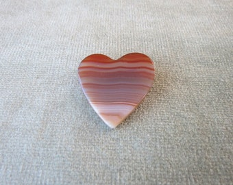 Vintage Banded Agate Heart Brooch / Pin / Valentines Day