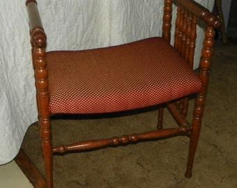 Quartersawn Oak Spindle Vanity Bench / Entry Bench