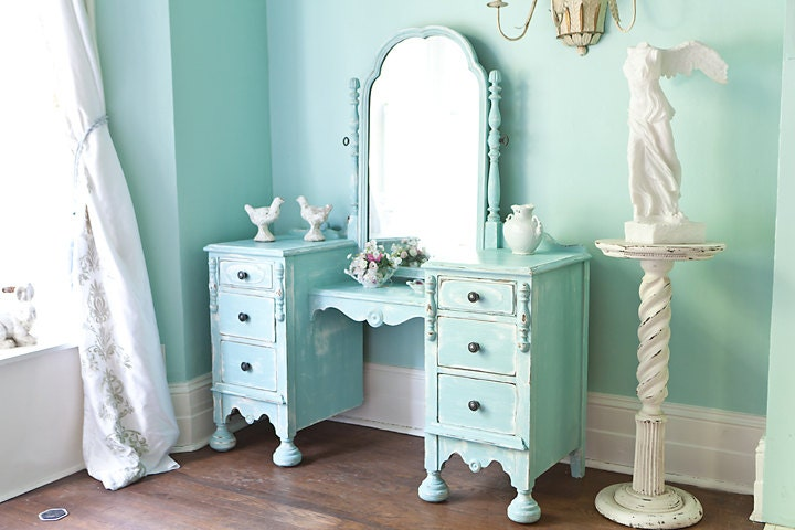 Painted Vanity Makeup Shabby Chic
