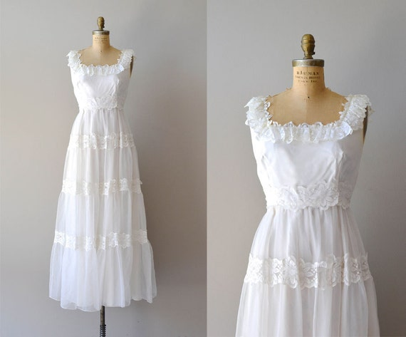 Lace wedding dress 1970s dress pavilion wedding gown for 1970s vintage wedding dresses
