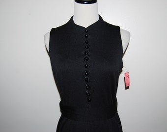 SALE........Vintage Dress Perfect Black 70s