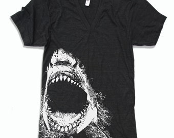 Unisex V-Neck SHARK  T Shirt (+ Color Options) xs s m l xl