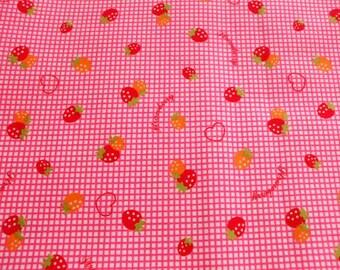"SALE - Cute Strawberry Pink Checks - 1 Yard 108cm/42.5""W x 98cm/39""L (ta1219)"