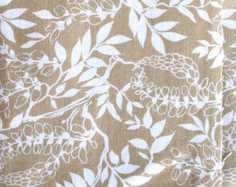 DESTASH - Beige Leaves, Fat Quarter Fabric