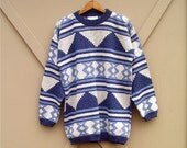 80s/90s vintage Oversized Blue and White Southwestern Design Sweater