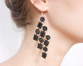 Lace earrings - Coral - Black lace