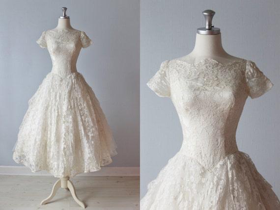 1950s Wedding Dress / 50s Bridal Gown / Tea Length Wedding Dress / 50s Lace Dress / Eva