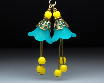 Vintage Style Bead Dangles Turquoise Blue Lucite Flowers Pair Bl220