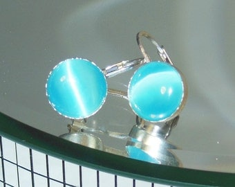 Turquoise cats eye dot earrings