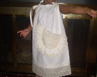 Custom Flower Girls Pillowcase Dress Wedding White Cream Beach Portrait Photo Ruffled Eyelet Lace Size 12mo 18mo 24mo 2t 3t 4t 5 6 7 8 10 12