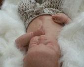 CROCHET PATTERN  - Digital Download Newborn Pants -  Great Photography Prop pattern - Longies