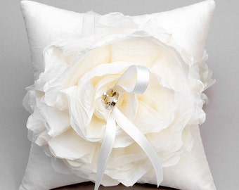 Ivory flower ring pillow, wedding ring bearer pillow, bridal ring pillow, wedding ring holder - Laurel