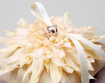 Ivory wedding ring bearer pillow, bridal ring cushion, wedding ring pillow - Evelyn