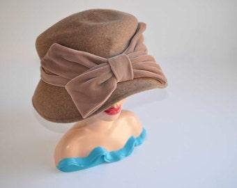 Vintage - Brown -Bristre - Bow -Vogue -Hat...SALE...was 45.00
