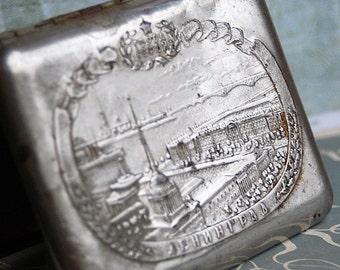 vintage cigarette case... Home Decor... Feb 10 L