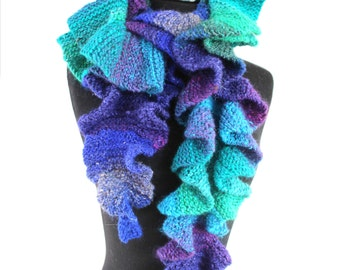 KNITTING PATTERN - Increasing Waves Garter Stitch Scarf With Short Rows