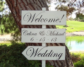 DiReCTioNaL WeDDiNg SiGnS - Classic Style Lettering - CuSToM WeLCoMe SiGn - Wedding Arrow Signs - Ivory or White Sign - 4ft Stake