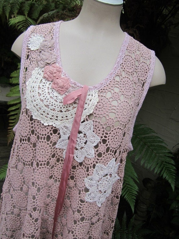 vintage crochet tunic, Vintage Kitty..mushroomy rose, grungy dyed, vintage doilies.. lace, ooak.. XL 2XL PLUS