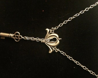 Brushed Silver Necklace - Lock and Key - Steampunk