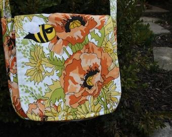 Super Bee Messenger Bag