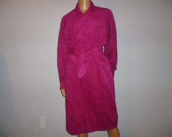 "Vintage 70's - Adolph Schuman for I. Magnin - Ultra Suede - Hot Pink - Boho - Disco - Dress - 37"" bust"