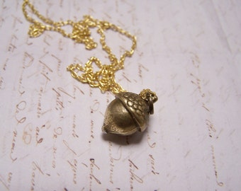 Acorn Necklace. Peter Pan. Wendy. Kiss.