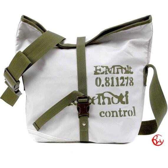 Vegan Messenger Bag, Unisex Bag, Shopper, Recycled Car Airbag, Lightweight / Upcycled and Handmade in GERMANY - Model pauline-2106