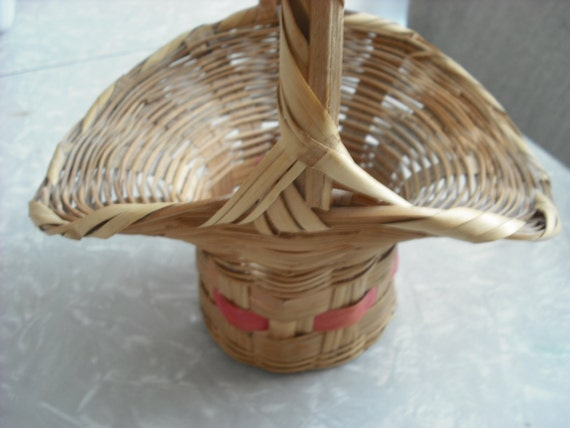 Vintage Easter Basket 1950s Woven by accentonvintage on Etsy