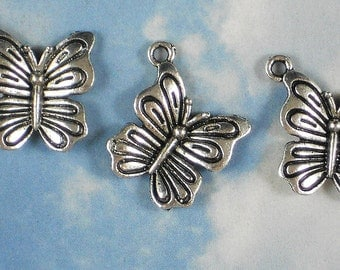 6 Butterfly Charms Pendants Antique Tibetan Silver Tone (P286)