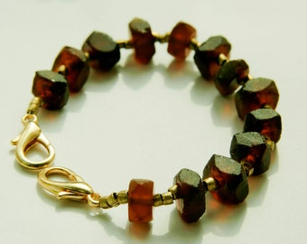 Upcycled glass dark brown bracelet - cognac color glass/Egyptian inspired