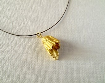 Flower Pendant 18KT Gold Flower Textured Pendant Flower Pendant Gold Flower