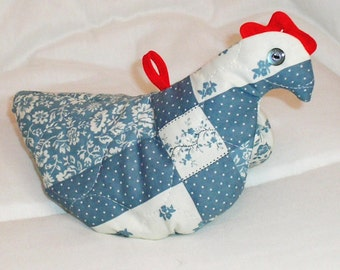 CHICKEN POTHOLDER made from 1970s pattern, handcrafted from Calico or Solid.  Ready to Ship.