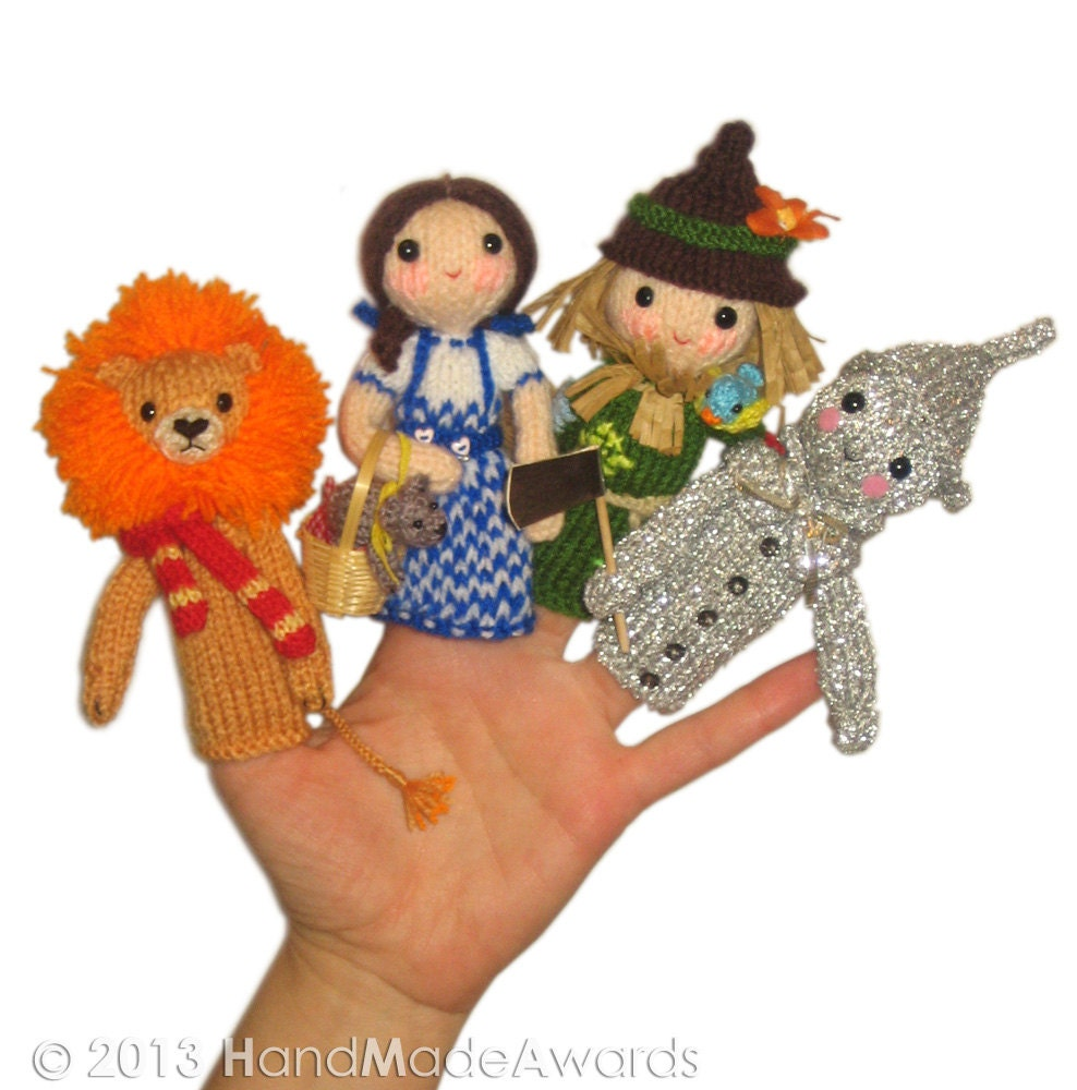 Cable Mittens Knitting Pattern : The Wizard of Oz Finger PUPPETS PDF Emal Knit PATTERN