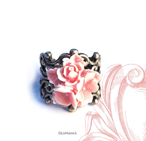 Star Flower Filigree Ring. Pink Flower Ring. Adjustable Cocktail Ring. Boho Chic.