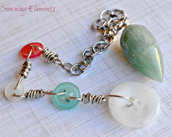 Green Aventurine and Buttons Pendulum