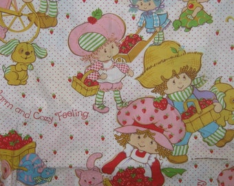 Vintage   Strawberry Shortcake twin  flat  bed sheet